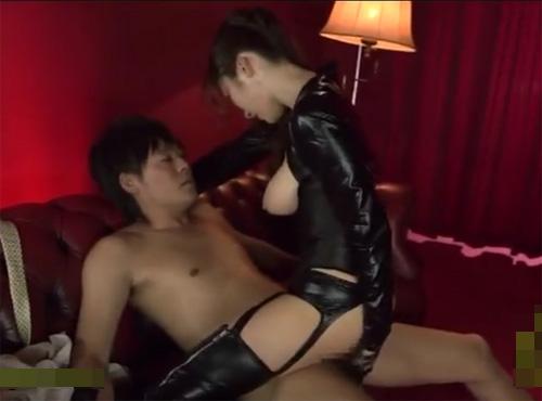 女は男を貪り食らう雌豹と化して日常を忘れイキ狂う官能セックスadaruto動画