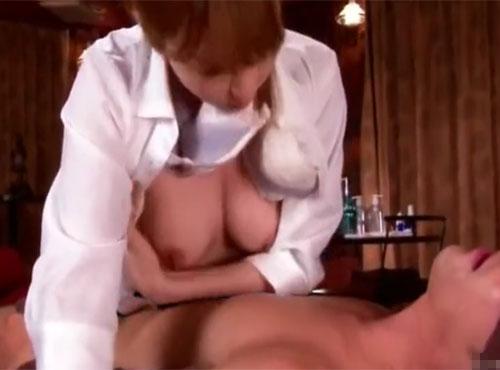 エステ嬢が目隠し男を全身性感リップマッサージ痴序動画とマゾな動画