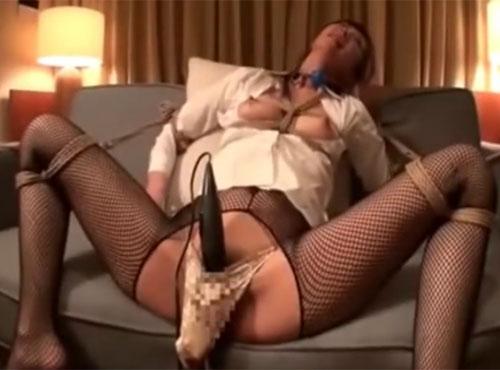 モデル系社長秘書が目隠し固定バイブ調教されガチイキ快楽拷問動画